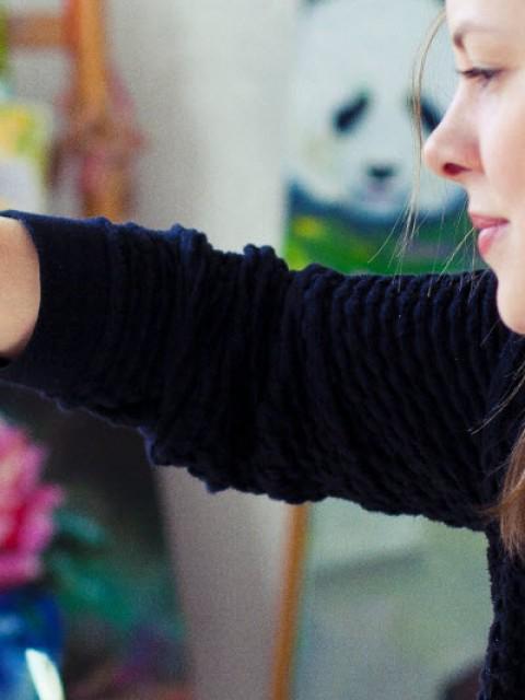 Интервью современной художницы Евгении Успех в программе «Утренний коктейль».